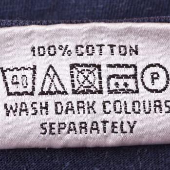 Come leggere i simboli presenti sull'etichetta dei tuoi capi?